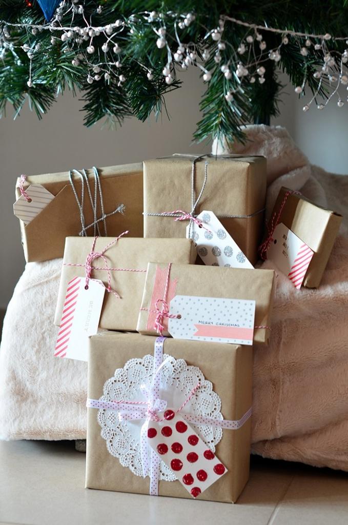 Kreatív mintás karácsonyi ajándékkísérő